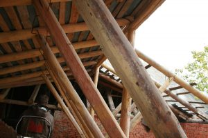 Обследование стропильных конструкций крыши