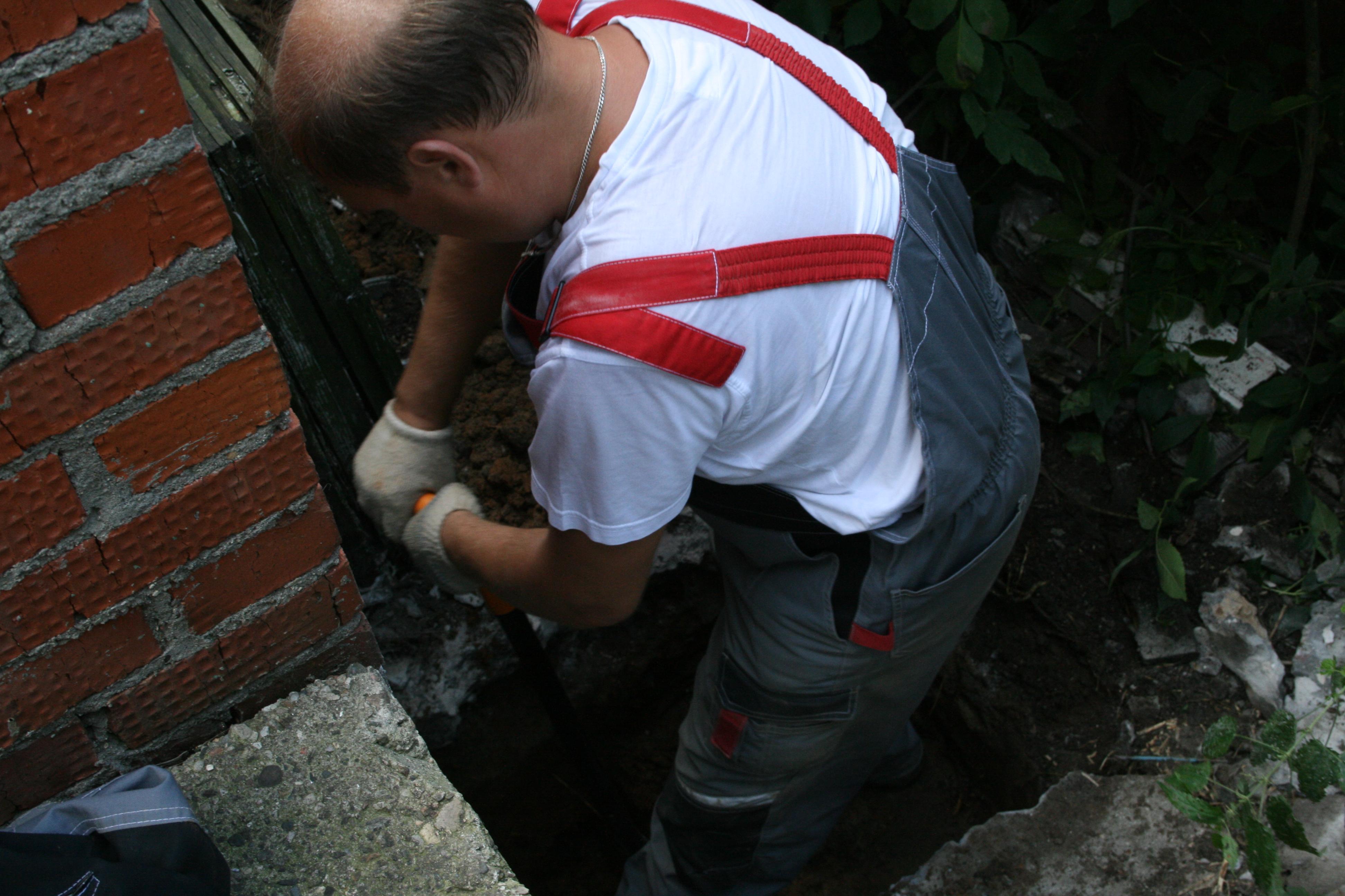 Фото 7. Инструментальное обследование стен